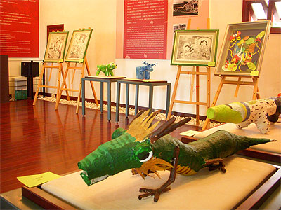 """Spring in the Classroom"" Now on Display at Danshui Little White House"